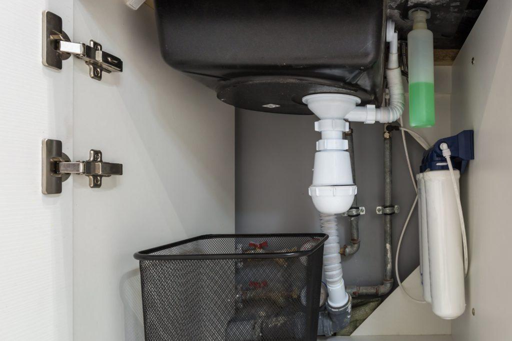 Under-sink filtration system